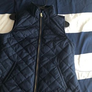 Quilted Navy-blue vest